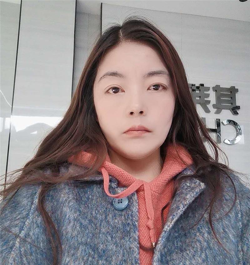 湖北利川其邦门窗专卖店谢燕