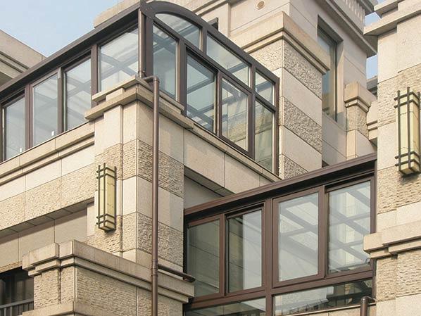 佛山其邦门窗告诉你什么样的房子选择什么样的门窗