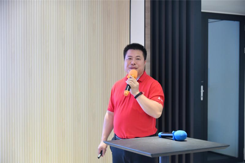 佛山赛区宣传部部长吴洪生先生分享付费与免费推广秘诀